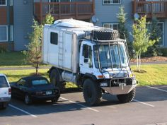 5 Menacing Bug Out Vehicle (Drive Out Of Disaster Zone) Cool Trucks, Big Trucks, Cool Cars, Off Road Camper, Truck Camper, Camper Van, Mercedes Benz Unimog, Offroader, Terrain Vehicle
