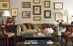 Google Image Result for http://www.helenthompsoninhouse.com/blog/wp-content/uploads/2012/03/nina-griscom-apartment-02-living-room1-572x363.jpg