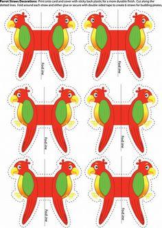 Des perroquets à imprimer, découper et plier en deux sur une banderole ou un pique (brochette) en bois pour que chaque enfant puisse avoir son propre perroquet sur l'épaule.