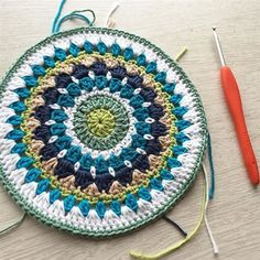 Mandy's mandala was just what I needed. ➰Pattern: Mandy's Mega Mandala by ➰Yarn: Drops Safran Crochet Mandala Pattern, Crochet Circles, Crochet Squares, Crochet Granny, Crochet Home, Crochet Geek, Diy Finger Knitting, Crochet Mandela, Knitting Patterns