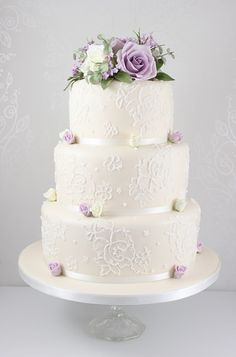 Pretty lace details on this wedding cake 2 Tier Wedding Cakes, Wedding Cake Roses, Purple Wedding Cakes, Lilac Wedding, Themed Wedding Cakes, Wedding Cake Rustic, Amazing Wedding Cakes, Elegant Wedding Cakes, Wedding Cake Designs