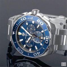 Mergulhe com o TAG Heuer Aquaracer 300M Chronograph. Um relógio com um design moderno e otimista que o reflete perfeitamente.   #TAGHeuer #DontCrackUnderPressure #FlamboyantShopping #Ousadia #Aquaracer #Espírito #DanglarLuxuryStore #PensarGrande #TAGHeuerAquaracer #Fabricação