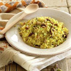 ARROZ BASMATI CON PASAS Y PIÑONES. Grains, Food And Drink, Rice, Meals, Cooking, Quinoa, Recipes, India, Blog
