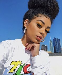 Jasmine Brown Ouuu She Fineee Aelig Atilde Aelig Nbsp In 2019 Hair Makeup Beauty Make Up, Hair Beauty, Curly Hair Styles, Natural Hair Styles, Coiffure Hair, Afro Hairstyles, Black Is Beautiful, Pretty People, Makeup Inspiration