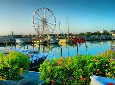 Marina Di Rimini - Rimini Harbor, sunrise, Emilia-Romagna, Rimini, Italy, Nikon Coolpix L310, 7.3mm, 1/640s, ISO80, f/3.5, -0.3ev,HDR photography 201707110637