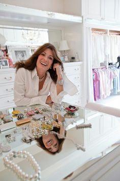 Lisa Vanderpump by far my favorite housewife of all! I love her closet/dressing room Master Closet, Closet Bedroom, Closet Space, Lisa Vanderpump, Vanderpump Rules, Beautiful Closets, House Beautiful, Villa Rosa, Dream Closets