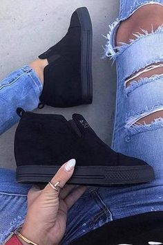 innovative design 2c151 43a6e Casual Heels, Casual Sneakers, Black Wedge Sneakers, Ankle Shoes, Shoe  Boots,