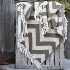 Home Decor, Home Accessories. Wool is a natural temperature regulator, naturally hypoallergenic, naturally breathable and even improves sleep quality. Hunting Lodge Decor, Brown Throws, Cozy Blankets, Kids House, Wool Blanket, Home Accessories, Chevron, Sleep Quality, Quilts