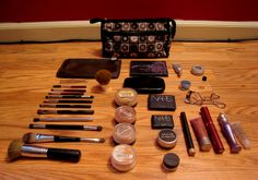Cool! MAC Makeup Outlet! $6 OMG!! Holy cow, I'm gonna love this site!!!
