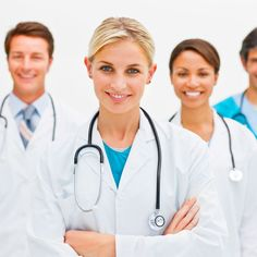 Le riflessioni sui medici provano a indagare i motivi per cui una persona decide di dedicare la propria vita alla salute degli altri: c'è, evidentemente, una grande solidarietà di fondo nei loro animi e nei loro cuori.
