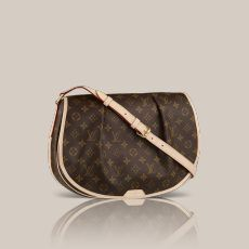 Menilmontant MM Monogram Canvas For the active woman about town  the Menilmontant MM in Monogram canvas is an ideal choice. Large enough to carry A4 documents  its feminine body-friendly shape means it's always a comfortable fit.