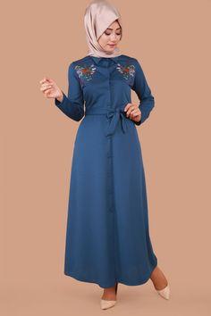 Önden Düğmeli Nakışlı Elbise İndigo Ürün kodu: MDP3059 --> 59.90 TL