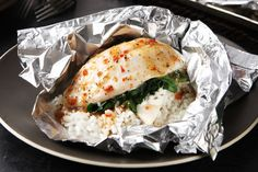 To know foil-pack cooking is to love foil-pack cooking. No fuss, no muss, easy as can be! Try it with this Florentine-style fish and see for yourself.