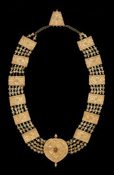 Necklaces – Page 5 – Modern Jewelry Real Gold Jewelry, Tribal Jewelry, Indian Jewelry, Antique Necklace, Antique Jewelry, Enamel Jewelry, Jewelry Gifts, Jewelery, Jewellery Sketches