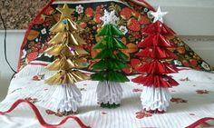 3D origami Christmas tree. $10.00, via Etsy.