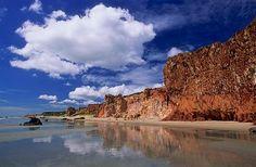 Canoa Quebrada, praia no litoral leste do Estado do Ceará. De tirar suspiros.