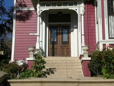 ... as Halliwell Manor from the popular TV series Charmed. The show was set in San Francisco, but in real life it's known as the Innes House in Los Angeles.