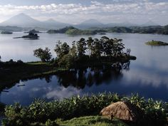 One of the many peninsulas, http://gorillahighlands.com/places/lakes-of-kisoro/
