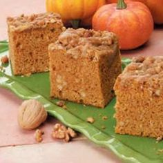 Pumpkin Coffee Cake: SUPER easy (pound cake mix and canned pumpkin) and contest winning!