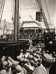 Embarque de tropas del Rgto de infantería de la Princesa con destino a Cuba. Alicante, 13 de febrero de 1896.