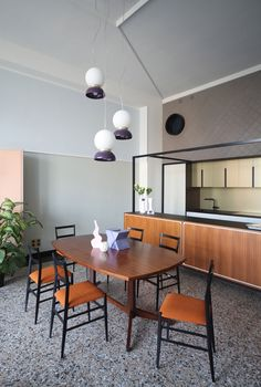 "Marcante-Testa (UdA Architects)의 ""역사 반복""아파트    옐로 트레이"