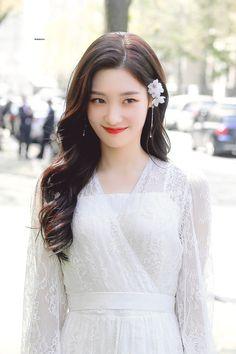 #chaeyeon Hottest Female Celebrities, Korean Celebrities, Kpop Girl Groups, Kpop Girls, Beautiful Asian Girls, Beautiful People, Jung Chaeyeon, Kim Sejeong, Korean Girl