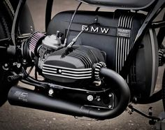 Your Boxer, Your Way. Upgrade and Custom parts for BMW R Series Motorcycles. BMW airhead starter cover for cafe racers, bobbers and trackers. Yamaha Virago, Bmw Scrambler, Ducati, Cafe Racer Parts, Bmw Cafe Racer, Moto Cafe, Cafe Bike, Old School Motorcycles, Cool Motorcycles