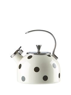 Kitchen Makeover deco dot tea kettle, black/white, productThumbnail - this polka-dotted kettle is so good-looking, you'll want to leave it atop your stove for decoration even when you're not boiling water. Cocinas Kitchen, Cast Iron Cookware, Kitchen Collection, Kitchen Gadgets, Kitchen Reno, Kitchenware, Tea Time, Tea Pots, Sweet Home