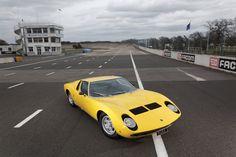 1971 Lamborghini Miura P400 S | V12 3929 cm³ | 370 HP | Designer: Marcello Gandini, Bertone | Engineers: Gian Paolo Dallara, Paolo Stanzani