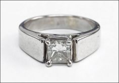 A #Diamond and 14 Karat White Gold Ring : Lot 145-7001 #whitegold #ring #finejewelry