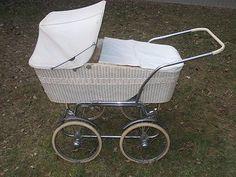 Pram Stroller, Baby Strollers, Vintage Pram, Baby Buggy, Baby Prams, Baby Products, Retro, Kids And Parenting, Children