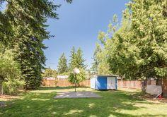 That backyard Though!   #pdx #portland #basketballcourt   16835 E Burnside St Portland OR 97233