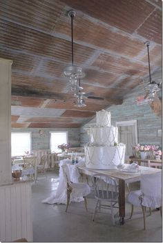 I'm a sucker for the rustic tin roof! The Prairie–Rachel Ashwell's Bed and Breakfast in Texas Western Decor, Rustic Decor, Rustic Tin Ceilings, Barn Tin, Tin Walls, Metal Ceiling, Metal Roof, Bed And Breakfast, Home Remodeling