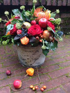 Autumn flower arrangement   BLOM BLoemwerk Op Maat
