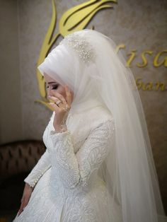 Muslim Wedding Gown, Hijabi Wedding, Muslimah Wedding Dress, Hijab Style Dress, Muslim Wedding Dresses, Muslim Brides, Pakistani Bridal Dresses, Dream Wedding Dresses, Wedding Gowns
