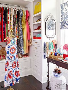 Amazing closet designs can be the best ways for you to display your artistic talent in terms of interior decorating. If you want to get some ideas as to how you can decorate your closet effectively… Dressing Room Closet, Closet Bedroom, Master Closet, Closet Space, Dressing Rooms, Dressing Area, Closet Shelves, Closet Storage, Closet Organization
