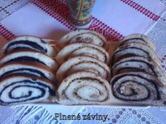Kysnuté záviny Cookies, Desserts, Food, Basket, Crack Crackers, Tailgate Desserts, Deserts, Biscuits, Essen