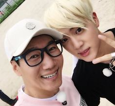 Running Man Seokjin posted a photo with Jin on IG ^^