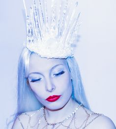 My Ice Queen crown made of glass mostly. Snow Queen, Ice Queen, Headdress, Headpiece, King Midas, High Fashion, Classy Fashion, Queen Crown, Elsa