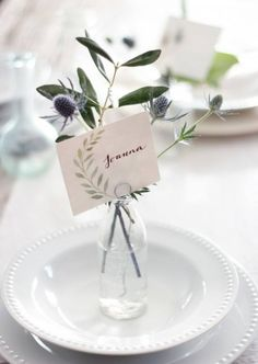 When entertaining, a well-settable doesn't have to be fancy or cost a lot of money to look cohesive and beautiful. Sometimes, a little bit of greenery from your garden added to a small vase,or a simple apple usedas a place card holder can completely transforma tablescape. Taking the time to…
