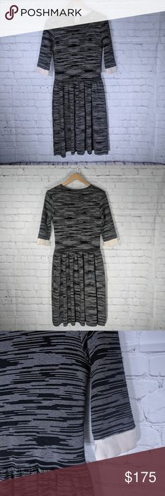 60470105874 M Missoni | Gray Ripple Fit/Flare Dress US 10 Excellent pre owned condition.
