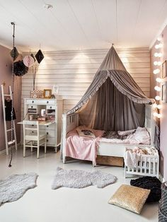 Too busy, muted shades, not bright enough. Love the fairy lights and ladder