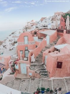 The most beautiful photo locations in Santorini - WORLD WANDERISTA