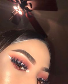 makeup downturned eyes makeup looks natural with eye makeup do Eyeshadow Looks Step By Step downturned eye eyes Makeup Natural Makeup On Fleek, Cute Makeup, Glam Makeup, Pretty Makeup, Skin Makeup, Makeup Inspo, Makeup Art, Makeup Drawing, Eyeshadow Looks
