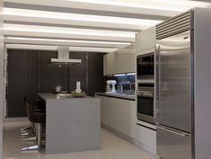 Flávia Gerab responde | Destaque para a iluminação: http://casadevalentina.com.br/blog/detalhes/flavia-gerab-responde--destaque-para-iluminacao-3215  #decor #decoracao #interior #design #casa #home #house #idea #ideia #detalhes #details #style #estilo #casadevalentina #iluminacao #light #kitchen #cozinha