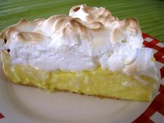 Prajitura cu crema lamaie si bezea Agendautila Cheesecake, Desserts, Pains, Food, Biscuits, Archive, Food Items, Lemon Meringue Pie, Drizzle Cake