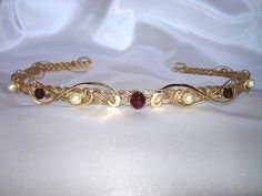 This circlet is a simple medieval inspired design and is my current version of the one worn by Kimberly.