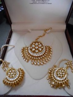My wedding is going to be very traditional, with a modern touch. This will be perfect for sangeet/ mehndi! Traditional gold tikka and earrings!