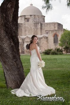 san antonio missions bridal portraits - Google Search