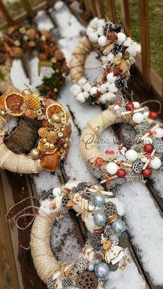 Sara Creations  Christmas wreath  Coronite Craciun